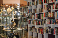 Henty Street Books & Collectables